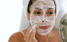 Заведи себе полезную привычку каждое утро умываться этим домашним средством! Всего 1 важный ингредиент – твоя кожа станет восхитительно красивой, бархатистой и чистой! Морщинки исчезнут как по волшебству....