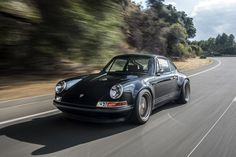 15 Beautiful Photos of a Blacked-Out Restomod Porsche 911   Airows