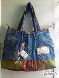 Diy Jeans, Sewing Jeans, Patchwork Bags, Quilted Bag, Diy Sac, Denim Purse, Denim Bags From Jeans, Denim Crafts, Recycled Denim