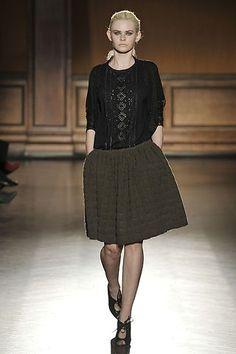 Fall Fashion 2013: Full Skirt. #fallfashion #fullskirt #trends #runway