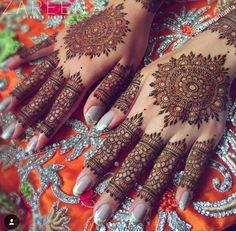 57 Ideas For Bridal Henna Designs Indian Weddings Colour Indian Henna Designs, Mehndi Designs 2018, Dulhan Mehndi Designs, Mehndi Design Pictures, Wedding Mehndi Designs, Unique Mehndi Designs, Mehndi Designs For Fingers, Beautiful Mehndi Design, Henna Tattoo Designs