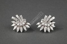 awesome BOUCHERON - Boucles d'oreille en platine et or diamants - Vers 1930