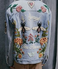 that embroidered denim jacket Style Outfits, Cute Outfits, Jumpsuit Denim, Moda Jeans, Inspiration Mode, Diy Clothes, Passion For Fashion, Ideias Fashion, Womens Fashion