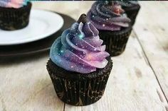 """Cupcake con frosting tipo """"galaxia"""""""
