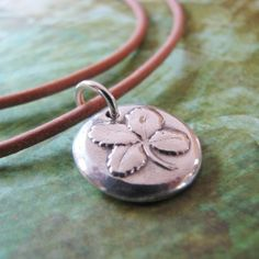 Re-pin this Lucky 4 Leaf Clover Pendant