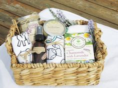Gift for new mom mom and baby gift new mom gift basket organic baby mom Pregnancy Gift Baskets, Pregnancy Gifts, Gifts For New Moms, New Baby Gifts, Mom Gifts, Kids Gifts, Organic Gift Baskets, New Mom Gift Basket, Mom And Baby