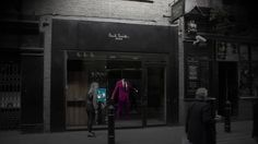 Holographic Shopping Windows Will Demo Products 24/7 [Video] - This new tech could change stores forever. Paul Smith implemented this new interactive holographic window to enhance customer experience.