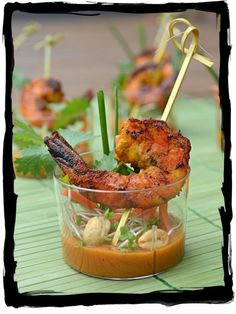 These Thai Shrimp Skewer Shooters are so delicious and impressive that you won't believe you can make them yourself! Shrimp Satay Skewer Shooters with Thai Spicy Peanut Sauce Seafood Recipes, Appetizer Recipes, Cooking Recipes, Seafood Appetizers, Thai Appetizer, Mini Appetizers, Catering, Spicy Peanut Sauce, Snacks