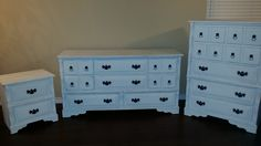 Bedroom set refinished in Annie Sloan Pure white