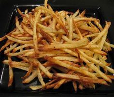 Healthy Homemade Fries by zestycook: Presoaked in salt water and then thoroughly dried before oven roasting! #Potatoes #Fries #Healthy