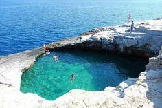 Piscina en Grecia.