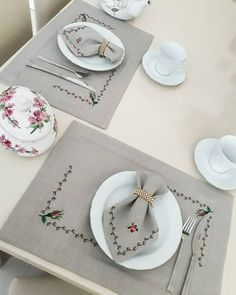 Akşamsefası🌸 в Instagram: «_ Sabredin Hüzünsüz bir neşe ve darlıksız bir bolluk olmaz !…» Cross Stitch Kitchen, Modern Cross Stitch, Cross Stitch Designs, Yarn Thread, Thread Crochet, Embroidery Flowers Pattern, Cross Stitch Embroidery, Knitting Projects, Sewing Projects