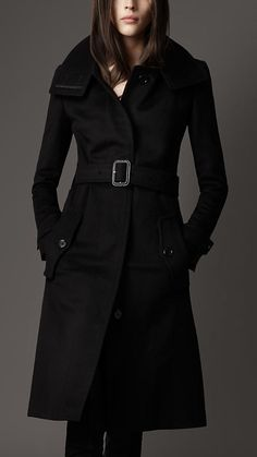 Burberry London Black cashmere-wool.