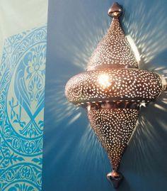 Moroccan wall light, very inspiring. Moroccan Design, Moroccan Decor, Moroccan Style, Moroccan Lighting, Moroccan Lanterns, Moroccan Bedroom, Moroccan Interiors, Marocco Interior, Lounge Lighting