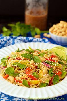 Thai Peanut Noodle Salad - thecafesucrefarine.com