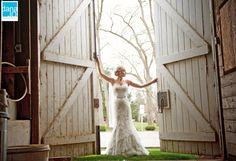 Bridal Portraits at Rose Hill Plantation in Nashville | Eastern NC Wedding Photographer - Dana Jo Photography
