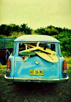 go on a surfing road trip in a really cool blue car (and learn how to surf) Surf Vintage, Vintage Surfing, Vintage Stuff, Summer Of Love, Summer Fun, E Skate, Surf Trip, Jolie Photo, Surf Style