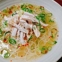 これはウマい♡ラー油で食べる格別そうめんレシピ10選 - LOCARI(ロカリ)