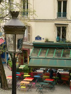 A cafe in Paris.