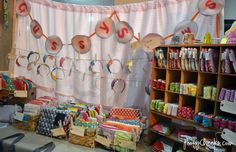 Craft Booth Inspiration and Ideas Pinned up headbands- Good idea