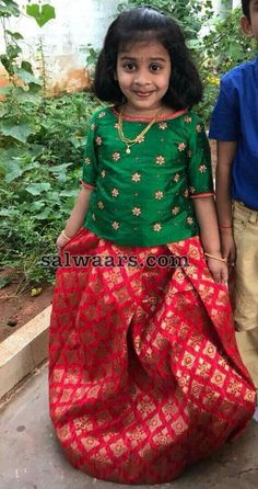 Baby Girl Frocks, Frocks For Girls, Dresses Kids Girl, Kids Outfits, Kids Indian Wear, Kids Ethnic Wear, Kids Dress Wear, Kids Gown, Kids Lehenga Choli