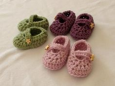 Mary Jane Crochet Booties Video And Free Pattern | The WHOot
