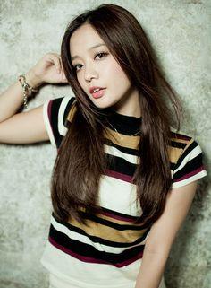 黒髪ストレートロング 【ROULAND】 http://beautynavi.woman.excite.co.jp/salon/28025?pint ≪ #longhair #longstyle #longhairstyle #hairstyle ・ロング・ヘアスタイル・髪型・髪形≫
