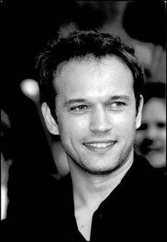 Vincent Perez played the vampire Marius de Romanus in Queen of the Damned (2002)