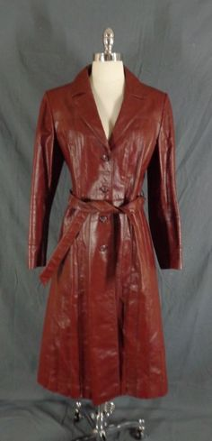 8f4d214aa7835 Vintage 1970 s Women s Wilson Genuine Leather Burgundy Trench Coat - Size 14