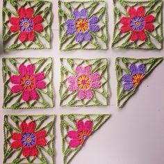 Progress on my Japanese Flower Shawl in Drops Safran Crochet Squares, Crochet Motif, Crochet Shawl, Diy Crochet, Knitted Flowers, Fabric Yarn, Crochet Stitches Patterns, Crochet Videos, Crochet Accessories
