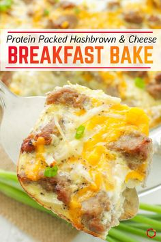 95 calories per serving: - Heres a healthy hashbrown casserole that will blow your mind and your taste buds! Packed with 12 grams of protein and only 5 grams of carbs this macro-friendly breakfast is perfect for brunch events and celebrations! Hashbrown Breakfast Casserole, Breakfast Bake, Healthy Breakfast Recipes, Healthy Recipes, Healthy Breakfast Casserole, Bean Casserole, Protein Recipes, Healthy Breakfasts, Protein Snacks