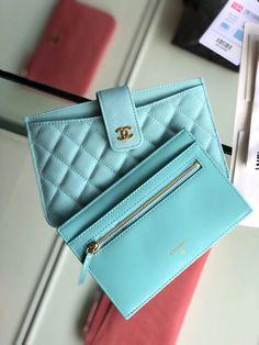 739203e1b37af3 29 Best Chanel Card Case images | Card case, Chanel card holder, Wallet