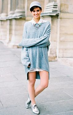 Oversized sweater and oversized shirt.  #fashion #inspiration #streetstyle