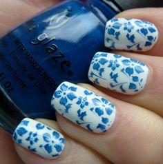 Joyful-nails, 5/18/11: May 17 nails costume