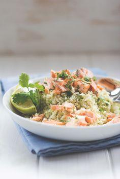 Raffinierte Feierabendküche: Blumenkohl-Couscous mit Lachsfilet aus dem Ofen