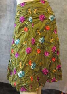 JOHNNY WAS Dk Olive Green Flared Fuchsia Teal Embroidered BOHO Flounced Skirt 8 #JohnnyWas #FlareSkirt #BohoSkirt #EmbroideredSkirt