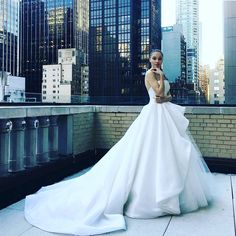 Isabelle Armstrong Fall Winter 2017 Bridal