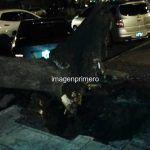 Corrientes Ciudad: Árbol cayó sobre dos autos provocando daños materiales