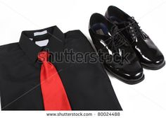 Mens+Dress+Shirts+And+Ties | Mens shiny lace up formal black shoes with dress up shirt and red tie ...