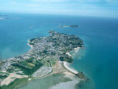 Saint-Jacut-de-la-Mer: Vue aérienne de Saint-Jacut-de-la-Mer (© Aérophotographie Quessoy) - France-Voyage.com