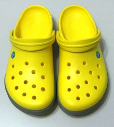 CROCS CROCBAND Authentic Bright Yellow Womens 11 Mens 9 SLIP ON CLOGS Shoes #Crocs #Clogs #yellowcrocs #crocband