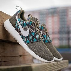 "@Nike returns with its popular Roshe One silhouette this time with a brown canvas upper that matches the teal tribal-inspired print. For more information on the ""Iguana"" colorway head over to our site. Photo: @packershoes"
