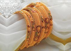 Ali Baba Selani Gold and diamond suppliers Dubai. 15 Best Gold Bangle Designs in 20 Grams Bracelets Design, Gold Bangles Design, Gold Earrings Designs, Gold Jewellery Design, Gold Jewelry, India Jewelry, Designer Bangles, Gold Necklace, Gold Designs