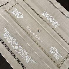 Cross Stitch Rose, Cross Stitch Borders, Cross Stitching, Cross Stitch Patterns, Crewel Embroidery, Cross Stitch Embroidery, Diy Ribbon, Bargello, Blackwork