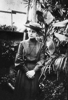 Lise Meitner (November 17, 1878 – October 27, 1968) was an Austrian/Swedish physicist who studied radioactivity and nuclear physics. She was part of the team that discovered nuclear fission, for which Otto Hahn received a Nobel Prize.