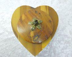 Vintage Heart Shaped Cedar Wood Storage Box for Jewelry Trinkets Desk Items Stash