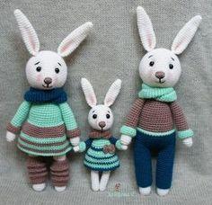 Amigurumi Tavşan Yapımı Anlatımlı ,  #amigurumioyuncaktavşanyapımı #amigurumitavşanyapılışıanlatımlı #amigurumiuzunkulaklıtavşanyapımı #örgüoyuncaktavşannasılyapılır #örgütavşanyapımıanlatımlı , Amigurumi oyuncak modellerimize sevimli örgü oyuncak tavşan yapımı ekliyoruz. Tavşanların üzerindeki kıyafetleri istediğiniz gibi çeşitlen...