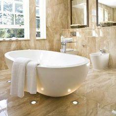 Pavimento e rivestimento bagno..design