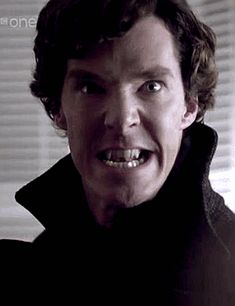 vampire Sherlock gif. This is funny, scary, and  kind of hot. I don't know what to think about it, actually....