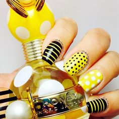 Honey Marc Jacobs inspired nail art via @OhMyGoshPolish i love this i have the perfume set now all i need is to do this!!